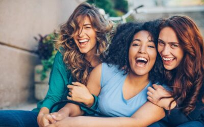 A happiness expert says : Women are happier and healthier without children or husband