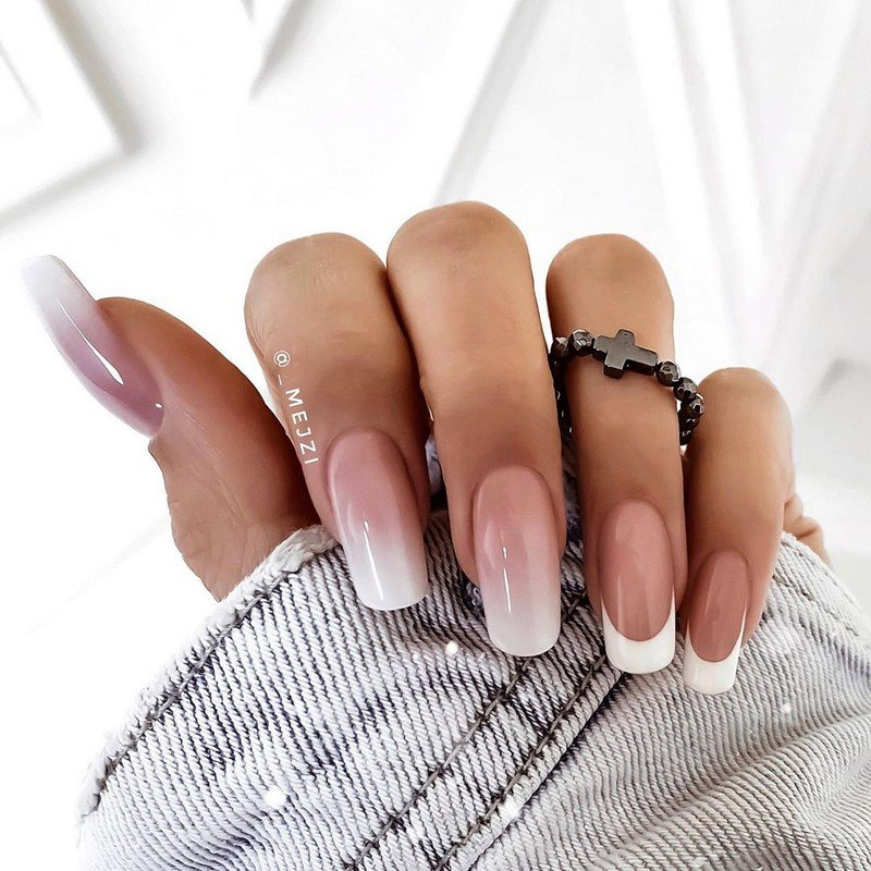 New-winter-manicure-2021-2022-TOP-10-winter-nail-art-trends-151