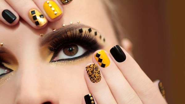 Original-yellow-manicure-2021-2022-in-different-styles-new-articles-ideas-trends-34